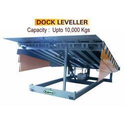 Dock Leveller in  Udhna