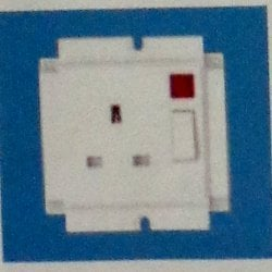 13 Amps Switch Socket With Pilot Light