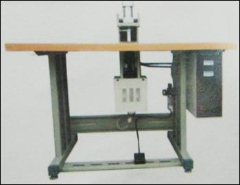 Ultrasonic Handle Fixing Machine