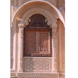 Fine Finish Sandstone Jharokha