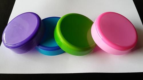 Two Color Plastic Jar Caps in  Naroda Indl. Estate