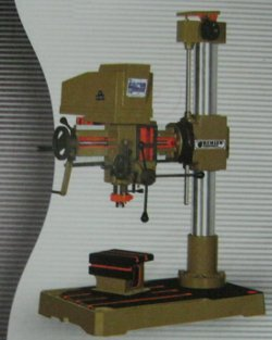 Universal Radial Drilling Machine (Capacity 25mm)