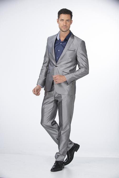 Fashionable Men Suit