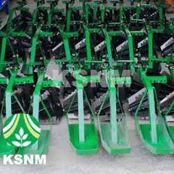 Hand Operated One Row Weeder