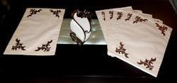 Attractive Table Mats