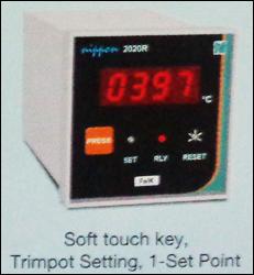 Digital Temperature Controller (2020r)