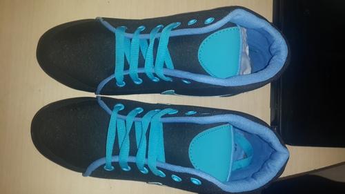 Casual Shoes in  Dev Nagar