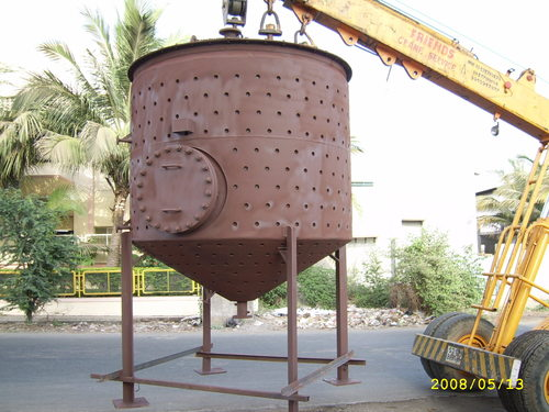 Slurry Feed Tank Reactor