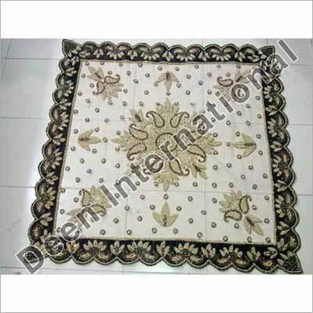 Net Velvet Table Covers in  Laxmi Nagar