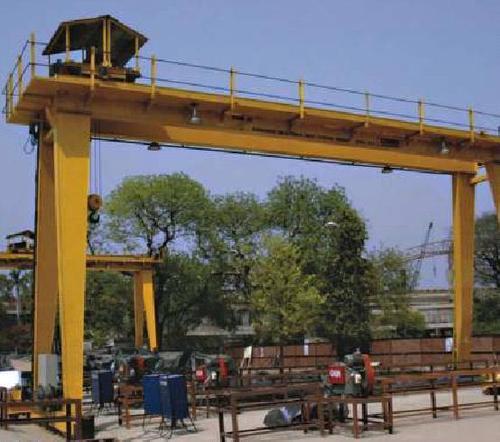 Heavy EOT Cranes