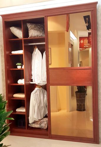 2 Door Wardrobe With Sliding Mirror Doors