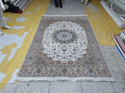 Handknotted Persian Wool Rugs
