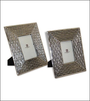 Traditional Design Picture Frame