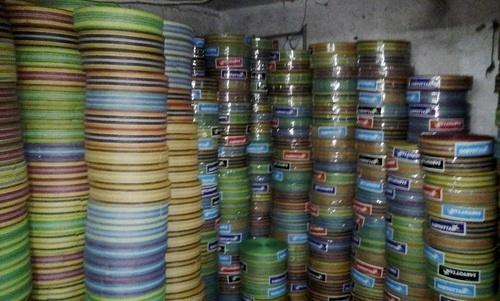 Plastic Niwar in   Old Bunder Road
