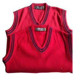 Uniform School Sweaters in  Basti Jodhewal