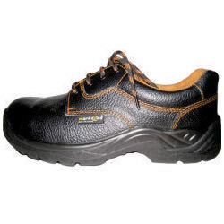 Water Low ISI Safety Shoes