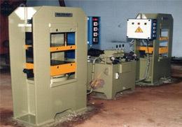 H Type Duplex Moulding Press