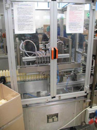 Automatic 8 Head Liquid Filler in   Flint