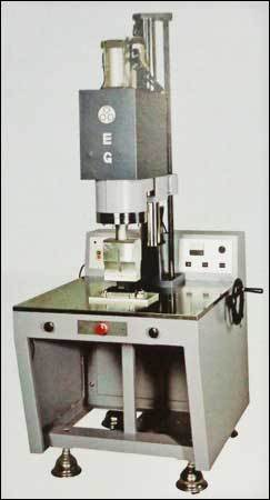 Modern Plastic Welder Machine in  Lbs Marg-Bhandup (W)