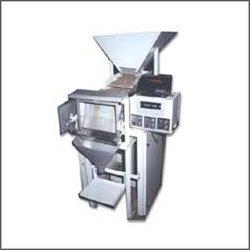 Weight Metric Liquid Filling Machines