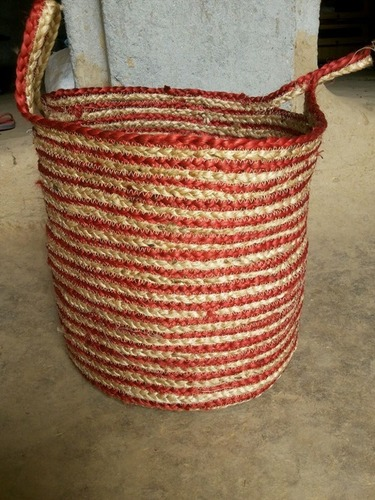 Color and bleach braided jute baskets in  Jattal Road