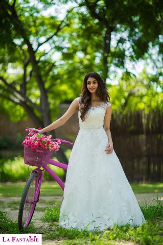 Christian Wedding Gowns in New Delhi, Delhi - La Fantaisie Wedding Gowns