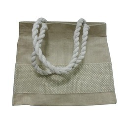 Trendy Ladies Jute Bag