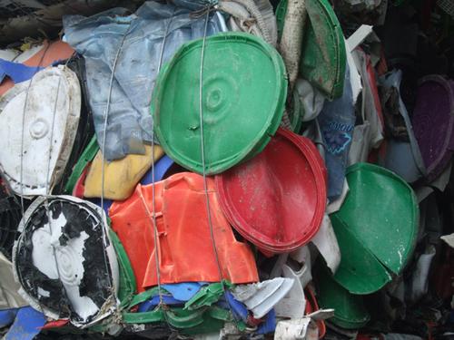 Hdpe Bottles Plastics Scrap In Bales