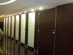 Club Toilet Cubicle Partition Services
