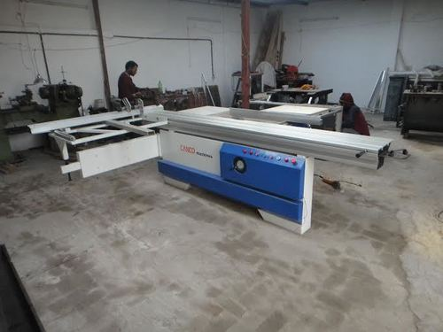 Panel Saw Machine
