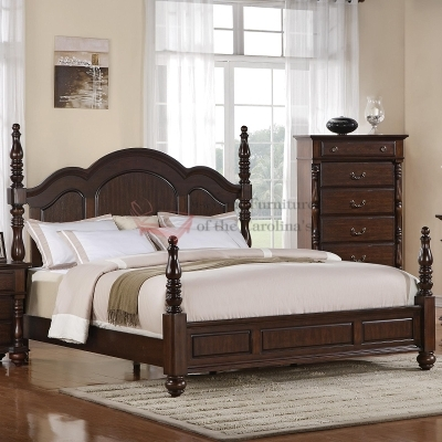 Fancy Wooden Poster Bed