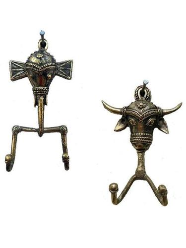 Antique Design Elephant Bull Cloth Hangers in  60-Sector