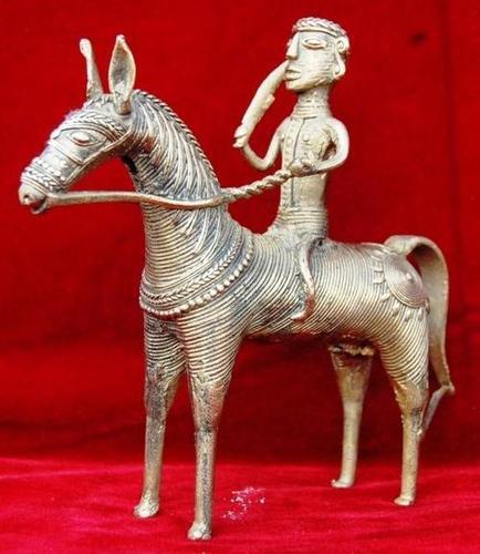 Antique Design Horse in  60-Sector