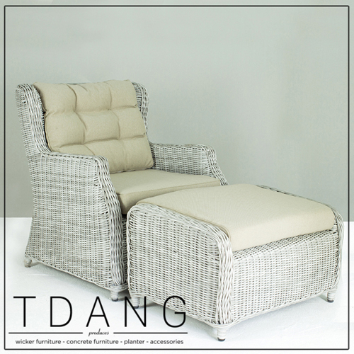 Driago Wicker Sofa 1 Seat with Ottoman