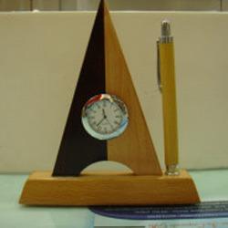 Desktops Wooden Watch