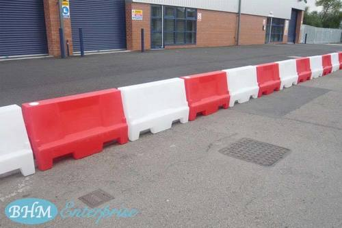 Crash Barriers / Traffic Barriers in Mumbai, Maharashtra - BHM