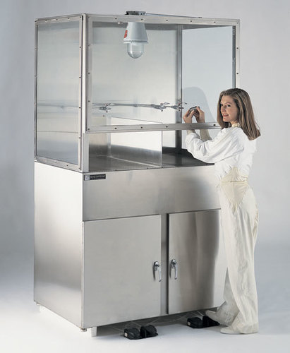 Solvent Dispensing Booth