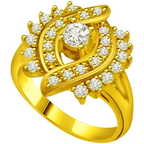 Fancy Design Gold Ring