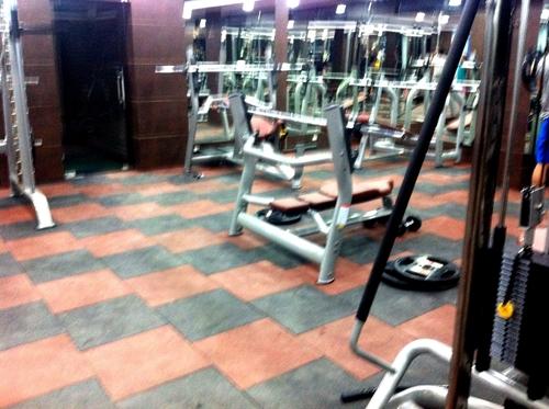 Rubber Flooring Tiles For Gym