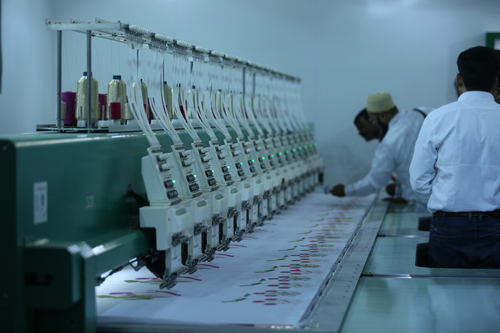 Industrial Knitting Embroidery Machines Exhibition Solution