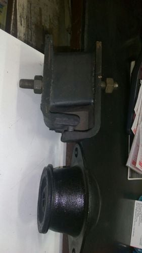 AMW Front And Rear Engine Mounting