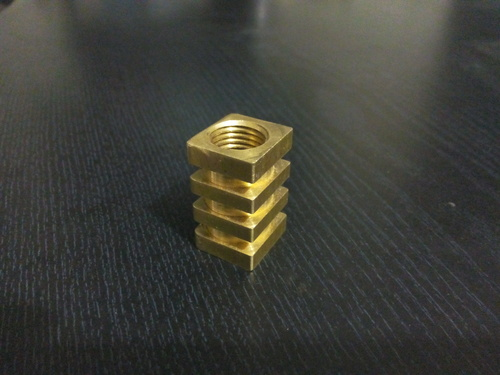 Mixer Coupler Brass Square Inserts