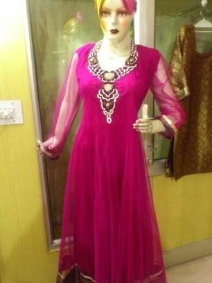 Ladies Frock Suit in  Tughlakabad