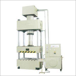 Tie Rod Hydraulic Press in  Nit
