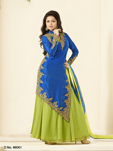 Designer Ladies Salwar Kameez in   Parvat Patia