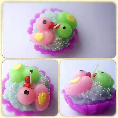 Ducks Kiss In Tart Cupcake Aromatic Candles