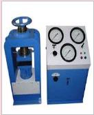 Compression Testing Machine 200 Tonne Electrical 3 Gauge