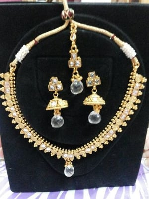 Polki Necklace and Jewelry