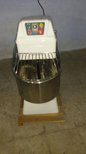 Aata Mixer Machine in  Rakhial