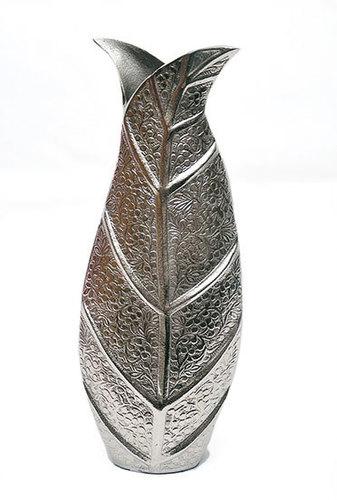 Leaf Shape Aluminium Flower Vase In Moradabad Uttar Pradesh